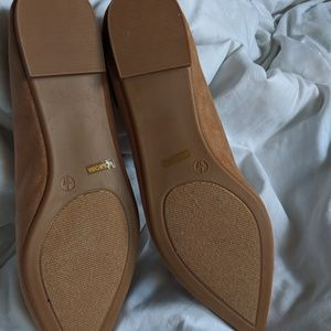 Lulu's Shoes - Suede pointed loafers